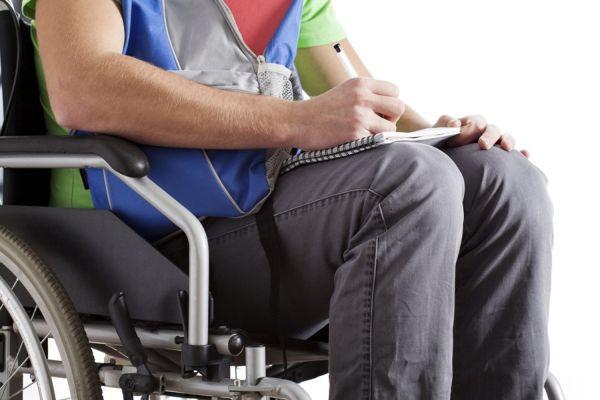 Условия назначения страховой пенсии по инвалидности: кто имеет право, расчет